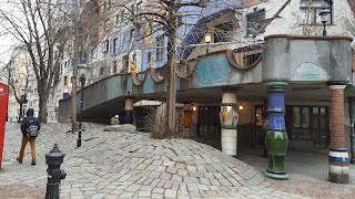 Friedensreich Hundertwasser Hundertwasserhaus. Vienna