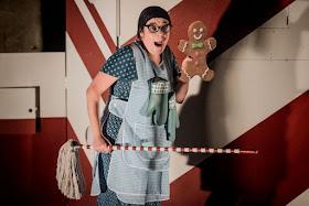 Humperdinck: Hansel & Gretel - Ailsa Mainwaring, Pop-Up Opera (Photo Robert Workman)