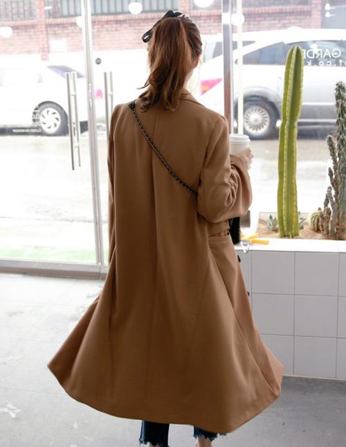 Peak Lapel Double-Breasted Coat