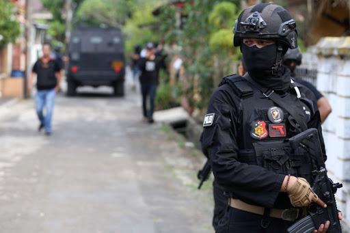 6 Terduga Teroris Jaringan Kendal di Solo Berhasil Diamankan Densus 88