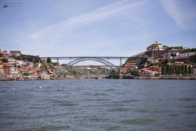 Porto; vila nova de gaia; portugal; douro;