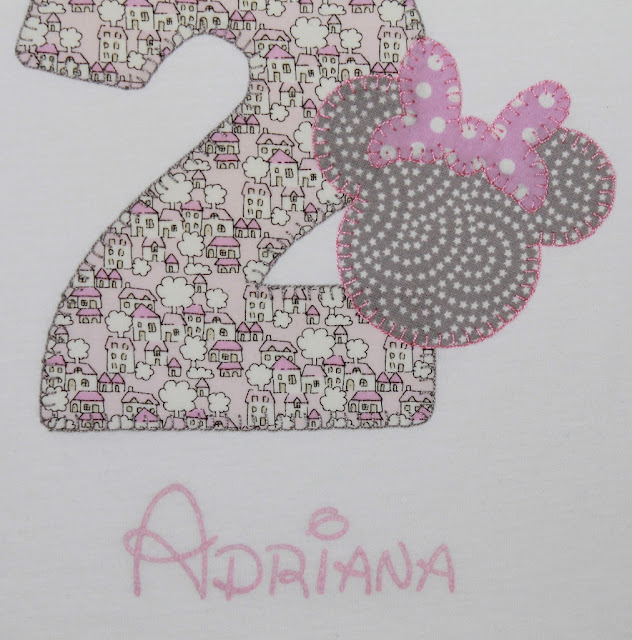 camiseta cumpleaños minnie mouse 2 años