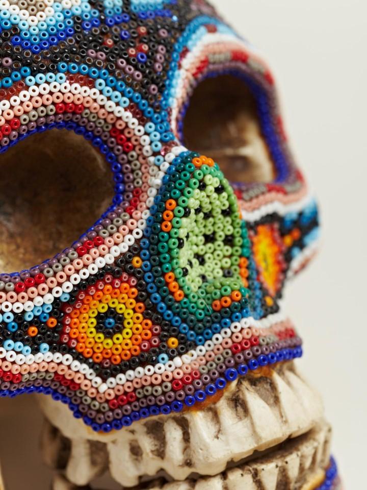 Изысканные черепа. Huichol Skull 12
