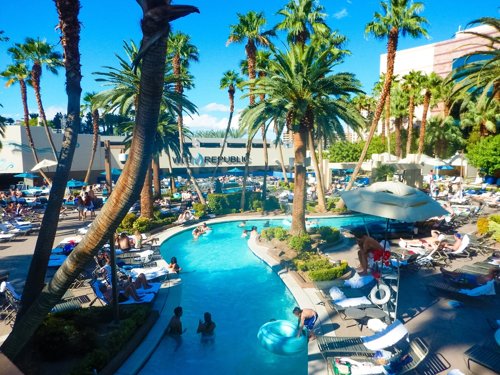 Mgm Grand Las Vegas Review A Make Believe World