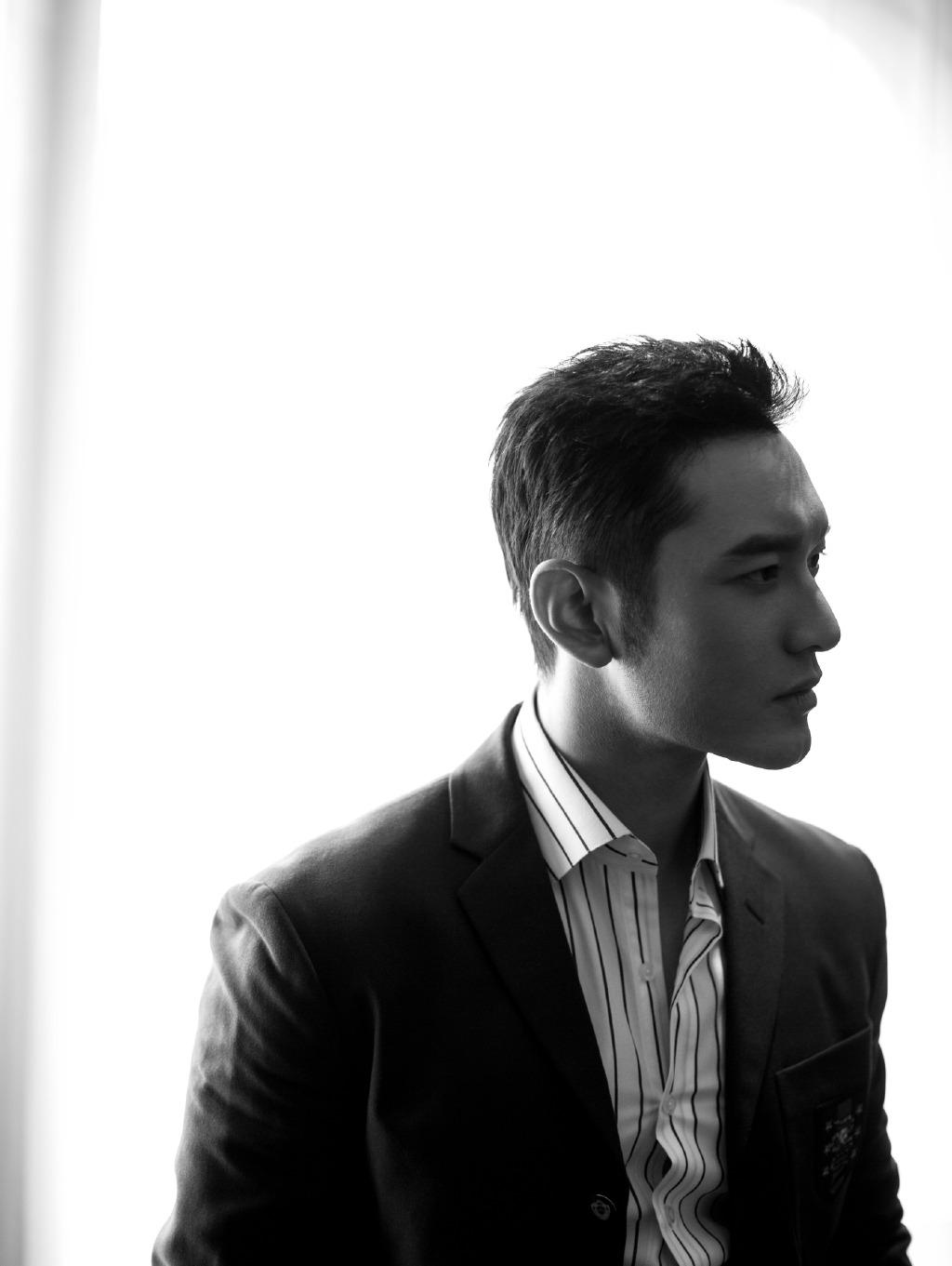 Huang Xiaoming rants against Hong Kong paparazzi over ...