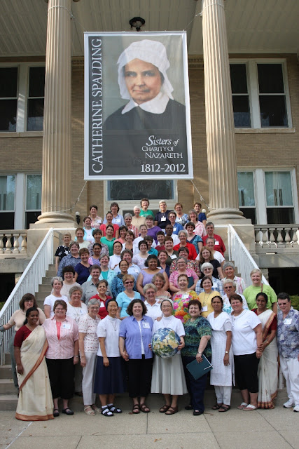 Charity Federation Women Embrace Global Era