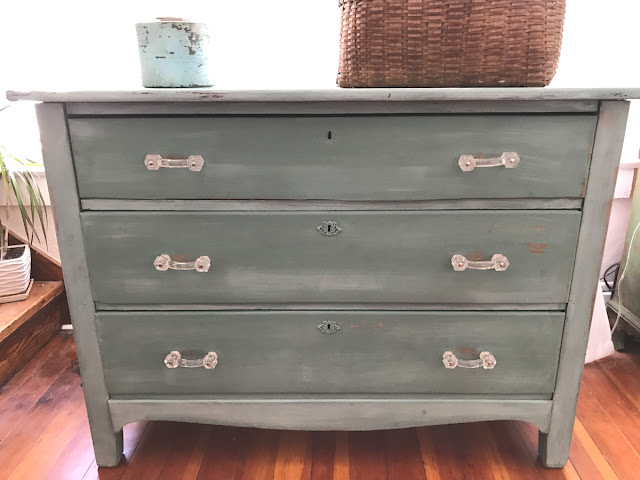 dresser with glass pulls