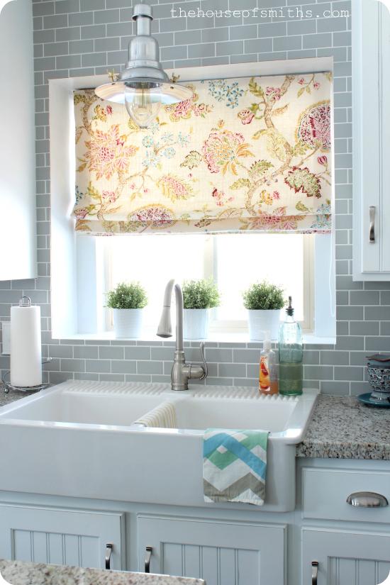 farmhouse sink kitchen makeover thehouseofsmiths.com (1)