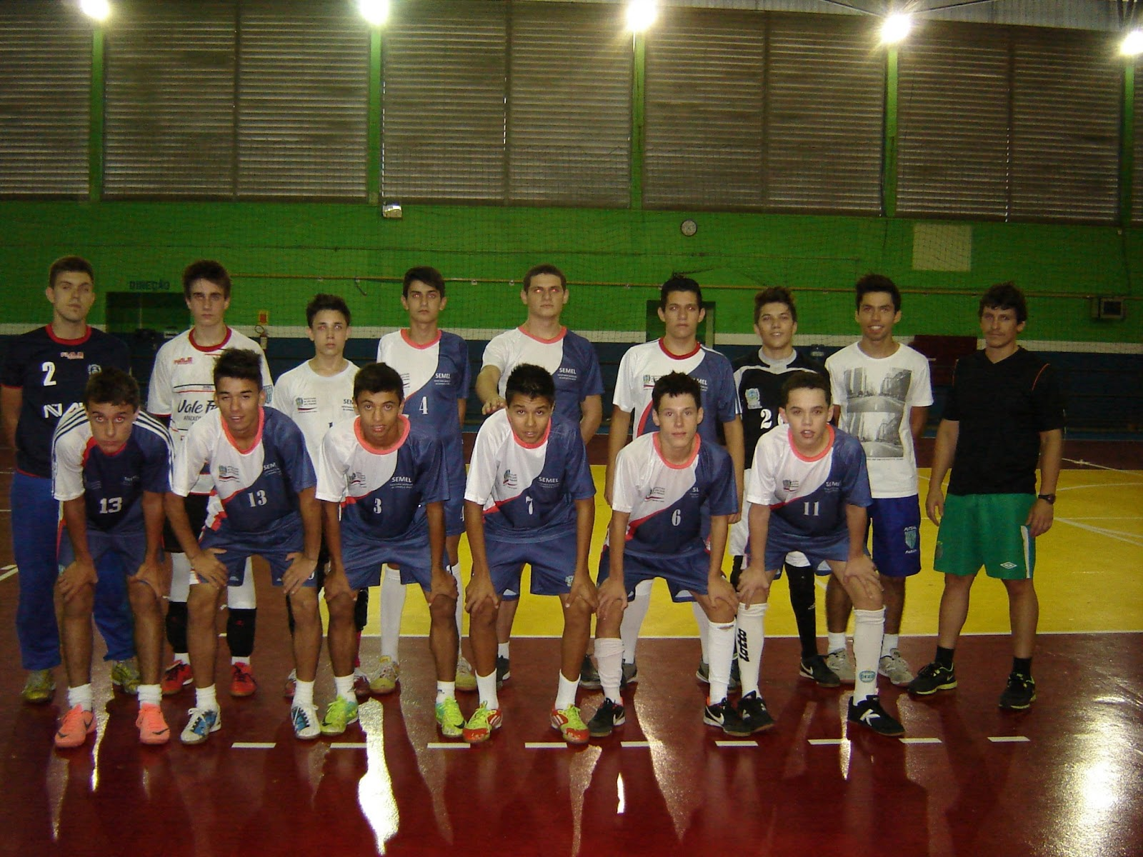 79d43340ce819 São José dos Pinhas Futsal   SEMEL  Março 2013