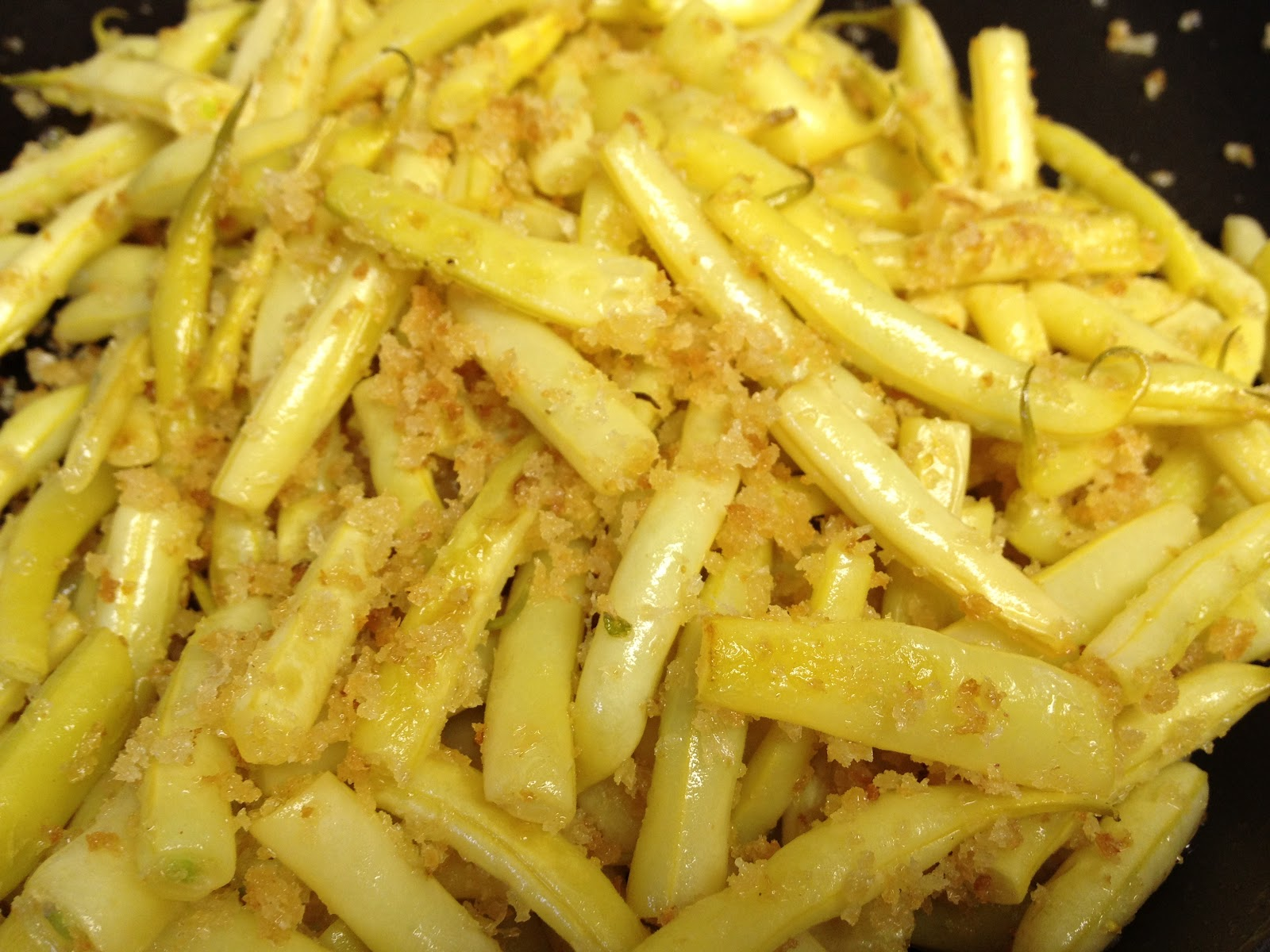Mom S Wax Beans With Buttered Bread Crumbs