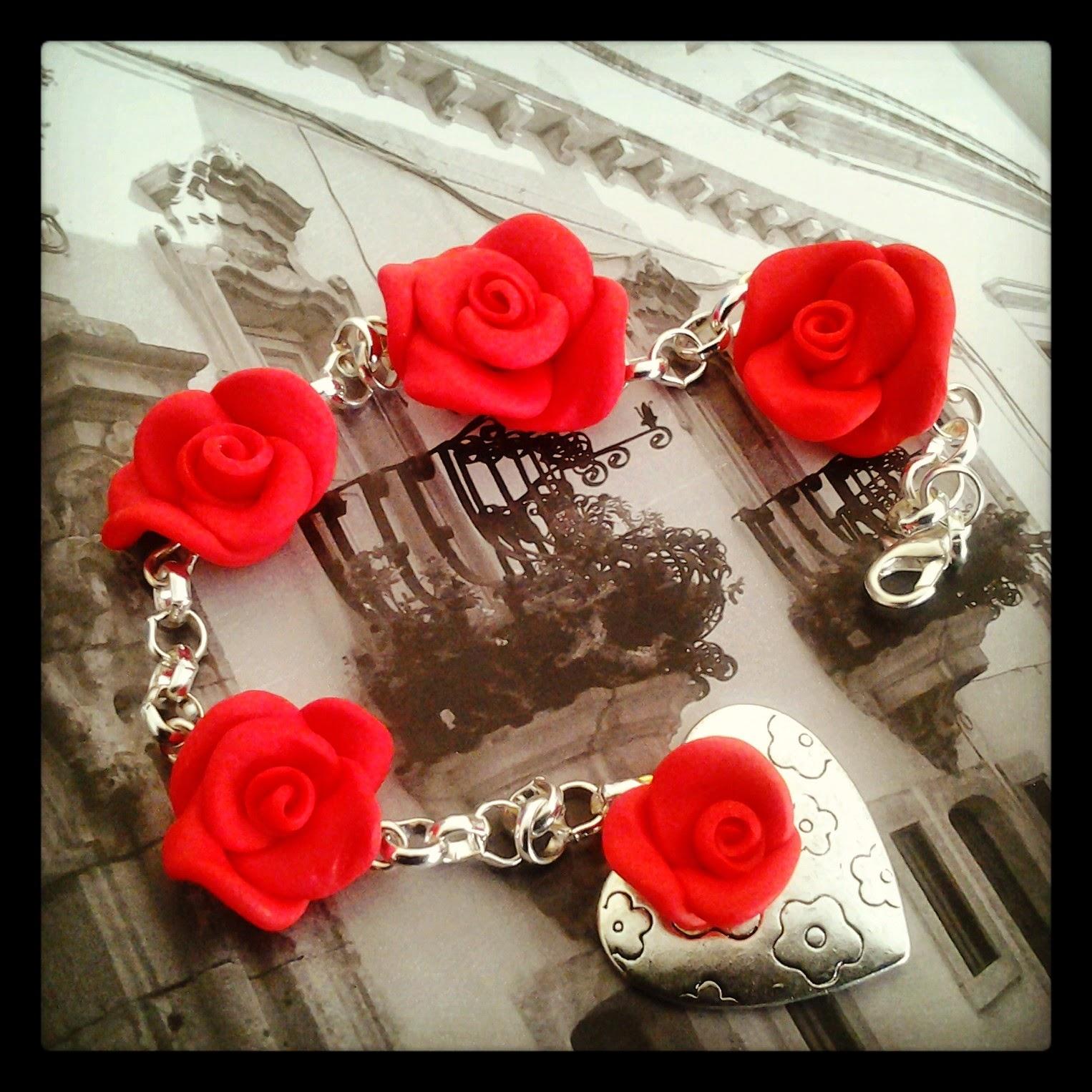 braccialetto rose rosse in fimo
