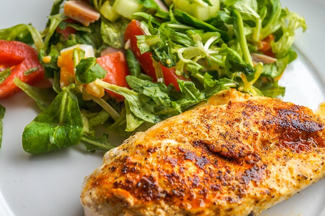 Sauteed Chicken Breast with Colorful Salad