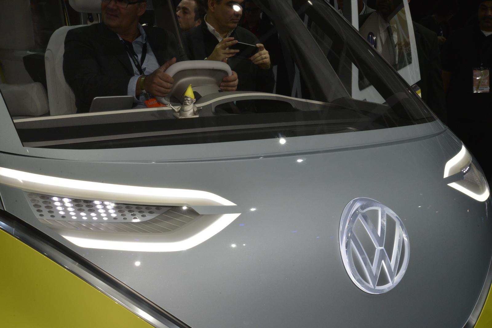 Car Dash Wallpaper New Vw I D Buzz Concept Will Hopefully Morph Into Reborn