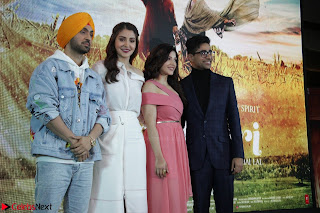 Anushka Sharma with Diljit Dosanjh at Press Meet For Their Movie Phillauri 054.JPG