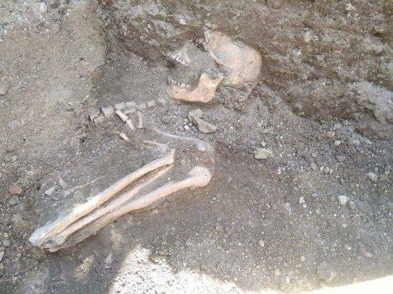 Посеред фортеці у Камя'нці розкопали цвинтар