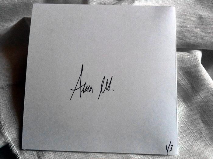 http://distant-voices.blogspot.fr/2012/06/aube-grise-hanterieur.html