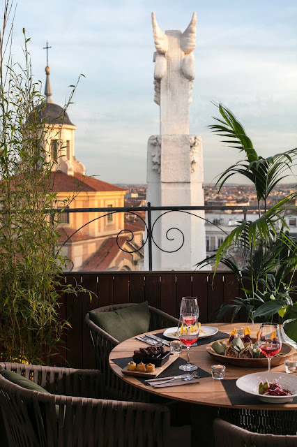 RADIO ME Madrid Restaurante