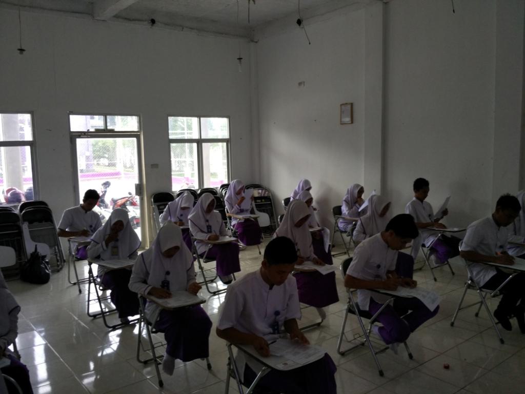 Mengukur Kemampuan Mahasiswa Dengan Ujian Tertulis Secara Berkala stapbaak