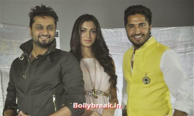 Roshan Prince, Simran Kaur Mundi and Jassi Gill, Simran Kaur Mundi at 'Mundeyan Ton Bachke Rahin' Promotion