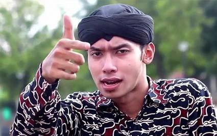 Lirik Lagu Karna Su Sayang Versi Jawa - Mas Paijo (Alif Rizky)