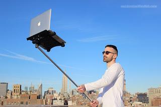 MacBook Selfie