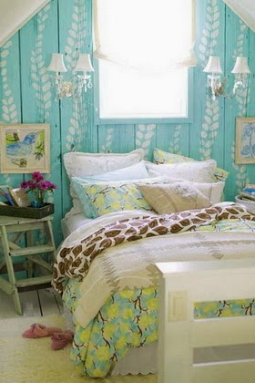 Turquoise Bedroom Wallpaper - House Beautiful - House Beautiful