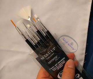 Adzik tworzy - pędzle do malowania tkanin