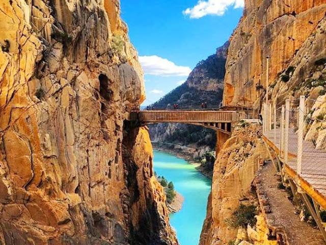 Caminito-del-Rey-Day-Trip-from-69€-Malaga-Trips
