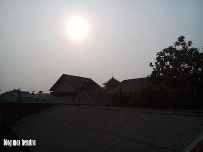 Matahari di Pagi Hari - Blog Mas Hendra