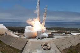 NASA Menunda Pengiriman Astronaut ke ISS