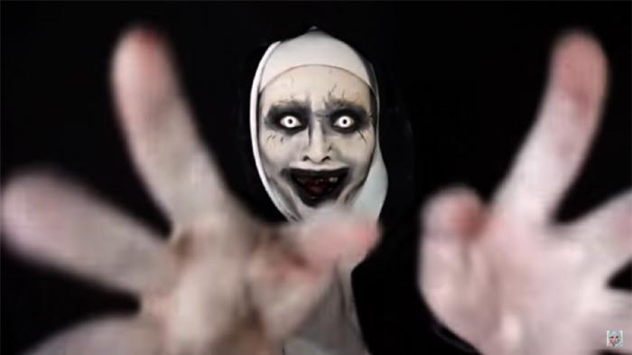 """Dijamin Kocak, 10 Meme """"The Nun"""" ini Bikin Kamu Tertawa Terbahak-Bahak."""