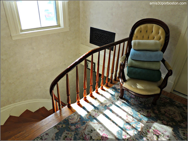 Lizzie Borden Bed & Breakfast Museum: Escaleras