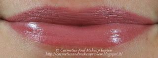Labbra: sopra matita 08+rossetto 02, sotto solo rossetto 02