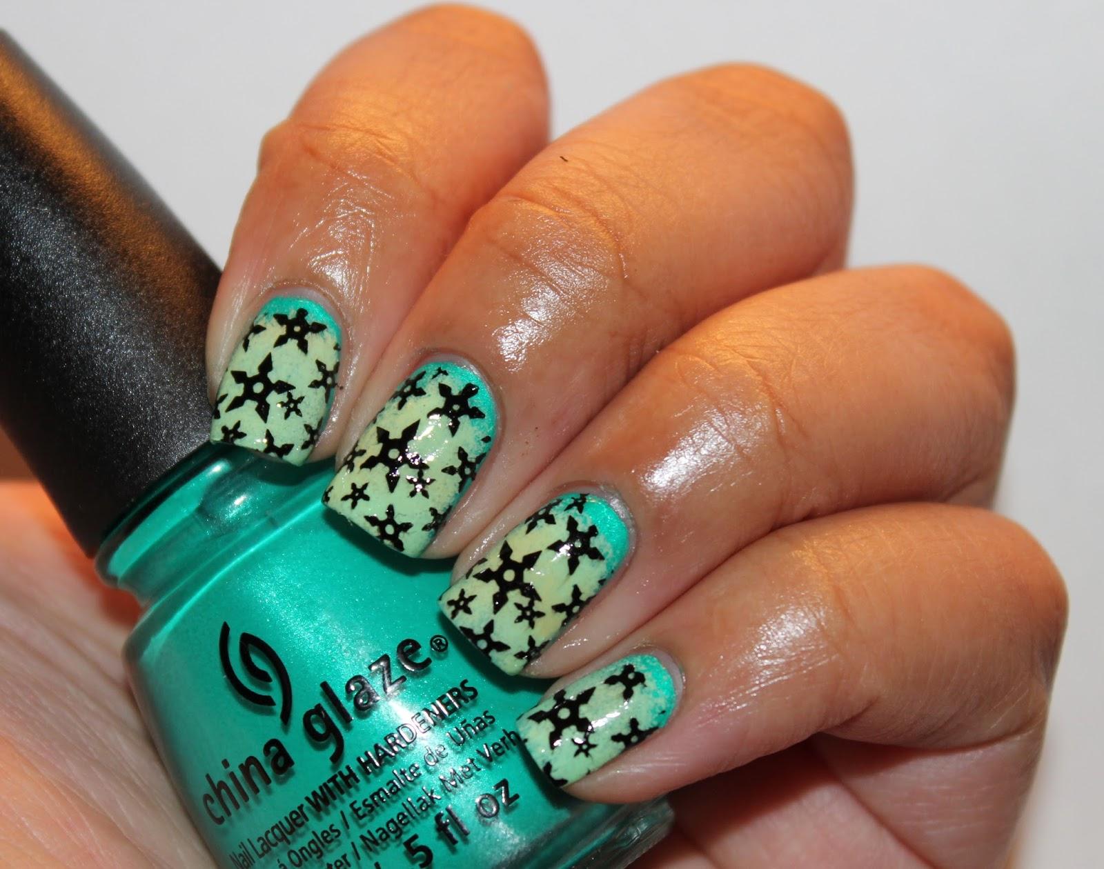 11 Stupendous Star Nail Designs