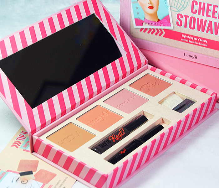 Benefit Cheeky Stowaways Beauty Kit