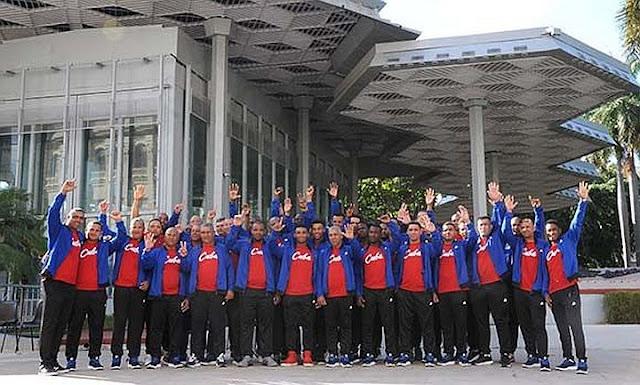 Dos receptores, 10 jugadores de cuadro, cinco jardineros y 11 lanzadores integran el equipo que defenderá los colores de Cuba en la Serie del Caribe