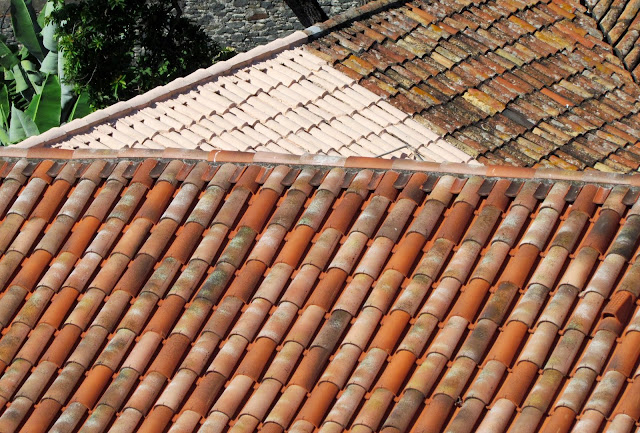 different tiles in the same roof