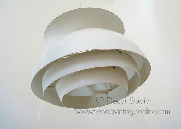 tienda de lamparas vintage de diseño en valencia, madrid, españa. diseños años 50 conocidos, danés, stilnovo, jakobsson
