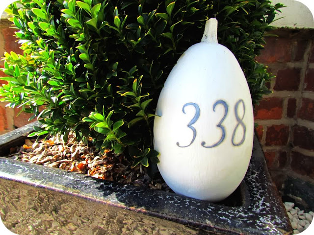 Gourd painted with door number