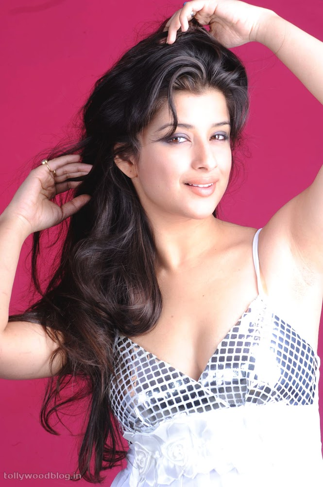 Madhurima Hot Photo Shoot Picture - 06