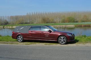 Mercedes Benz modèle Osiris