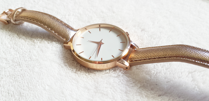 montre-newlook-mode-un-monde-girly-soldes-pas-cher