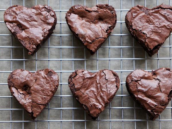 REZEPT: glutenfreie Brownie-Herzen