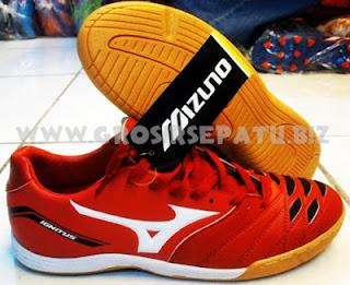 Sepatu Futsal Mizuno IGNITUS