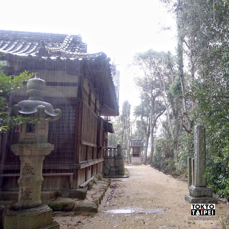 【忠海八幡神社】車站旁的八幡神社 大樹營造出的神祕空間