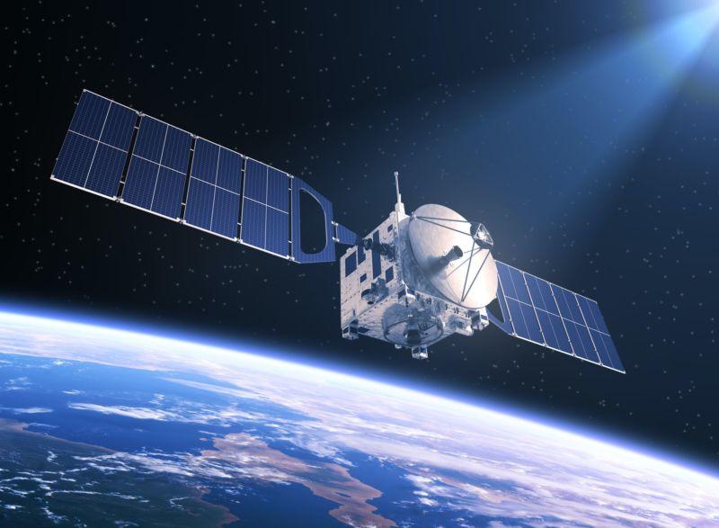 Un satélite operado por AT&T / DirectTV en riesgo de explotar deberá  moverse a una órbita más segura - Satelital-Móvil