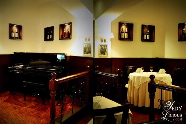 Piano and Romantic Set up at Caruso Ristorante Italiano