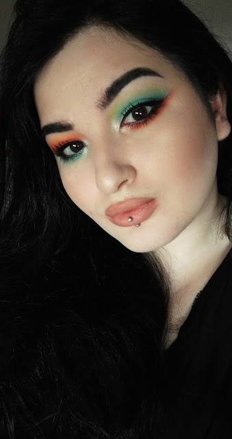 maquillage orange et bleu colourpop