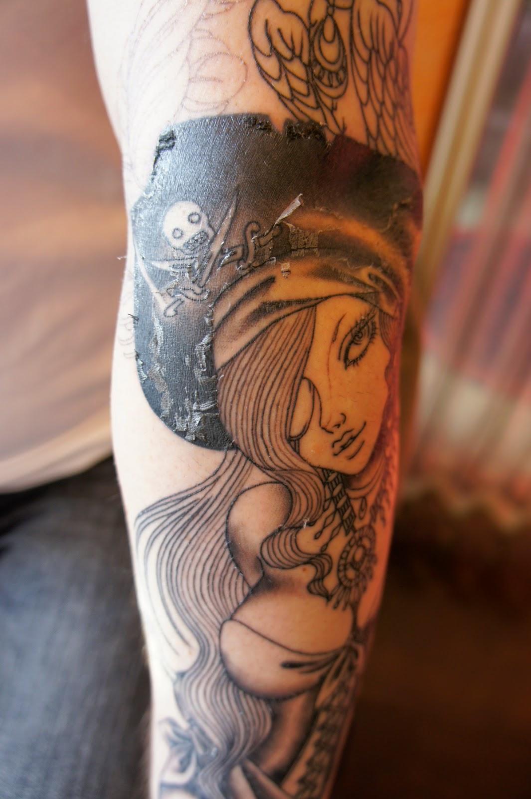 タトゥー pin up girl tattoo ピンナップガール パイレーツガール pirates