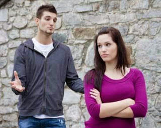 Ciri Hubungan Asmara yang Tidak Seimbang